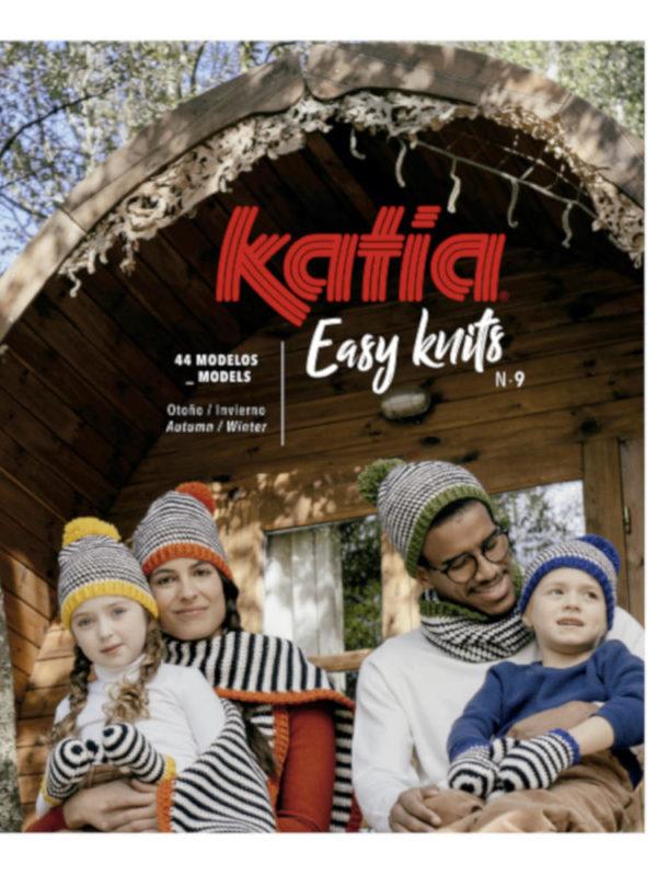 Revista Eas Knits para aprender ganchillo con patrones fácils y juveniles, de KATIA
