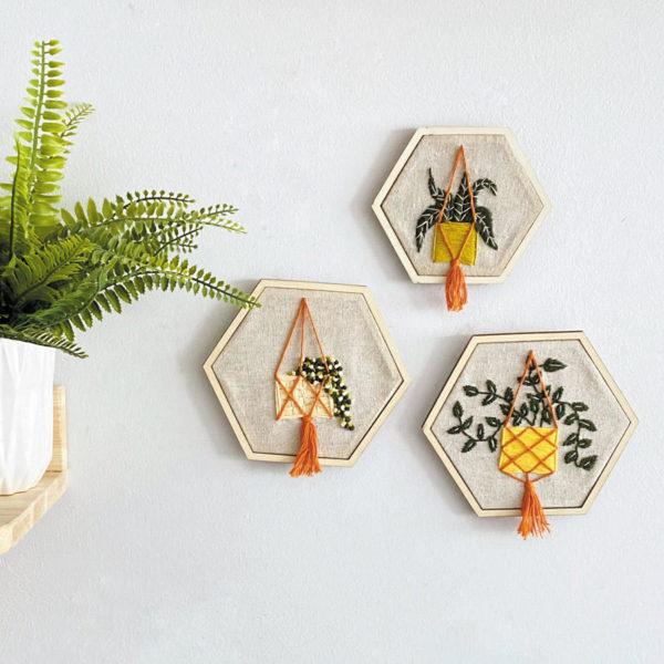 Kit de bordado Plantas Colgantes de la colección Teje Conmigo de Casasol Kits