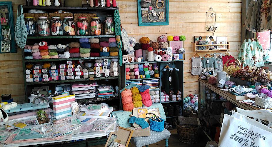 El rincón de las lanas en la mercería crativa online de A Coruña CraftyLu