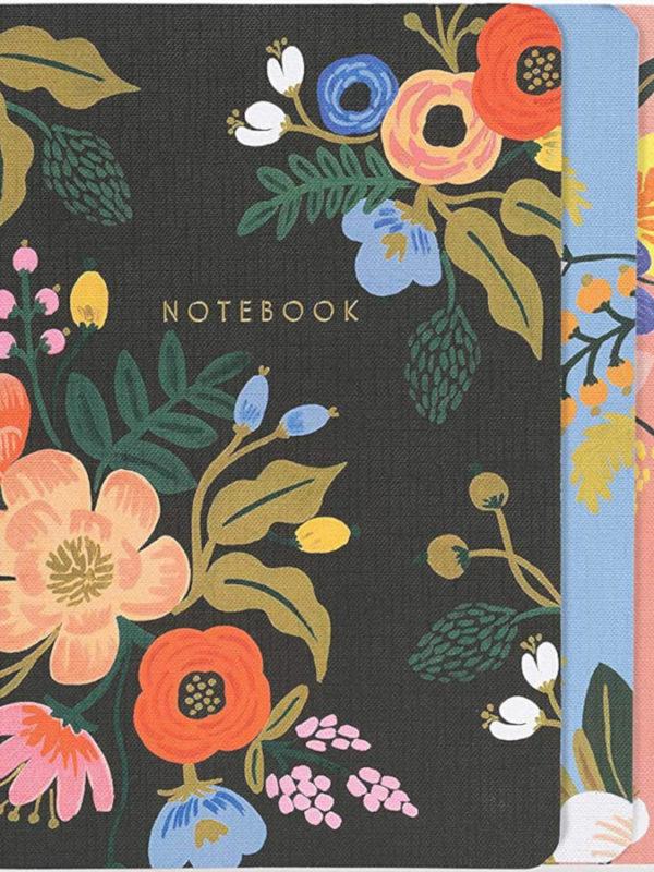 3 cuadernos con bordados florarl de 64 páginas con tinta dorada, de Rifle Paper